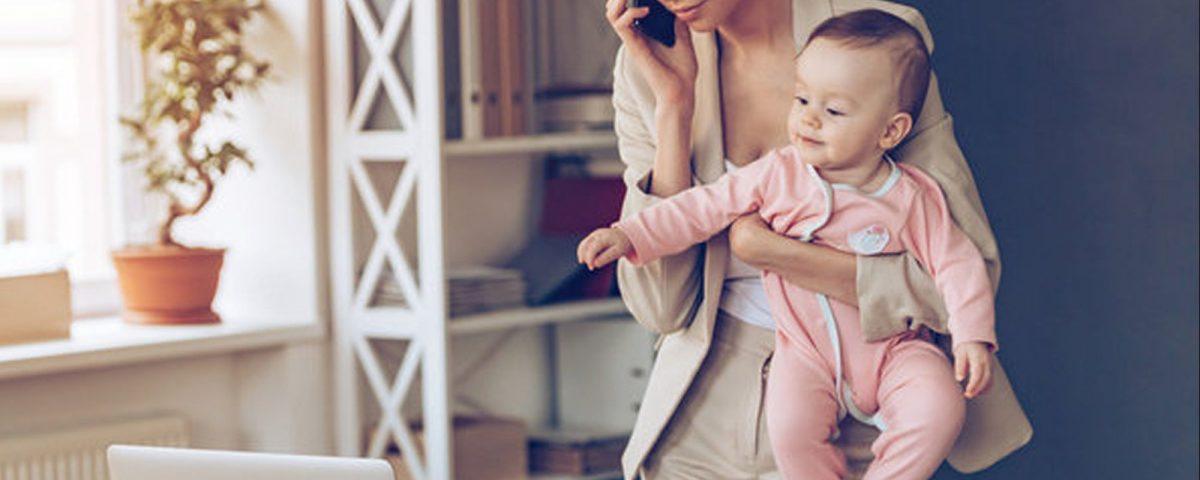 Dolgozó anyák - Gyöngyösi Család és KarrierPont